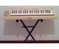 Órgão Yamaha PS-10